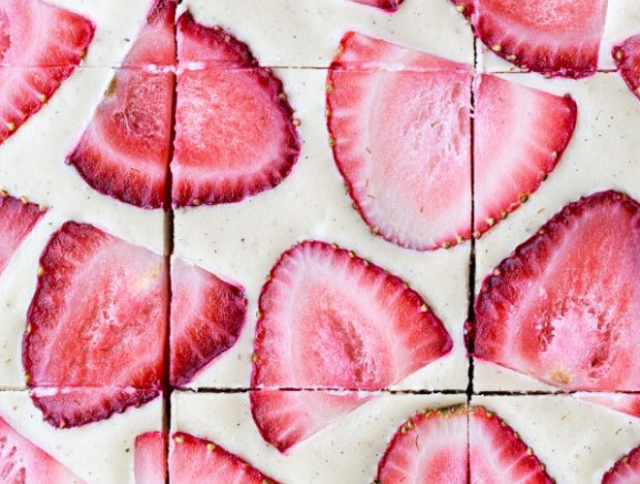 No-Bake Strawberry Shortcake Bars (Gluten Free, Paleo and Vegan)